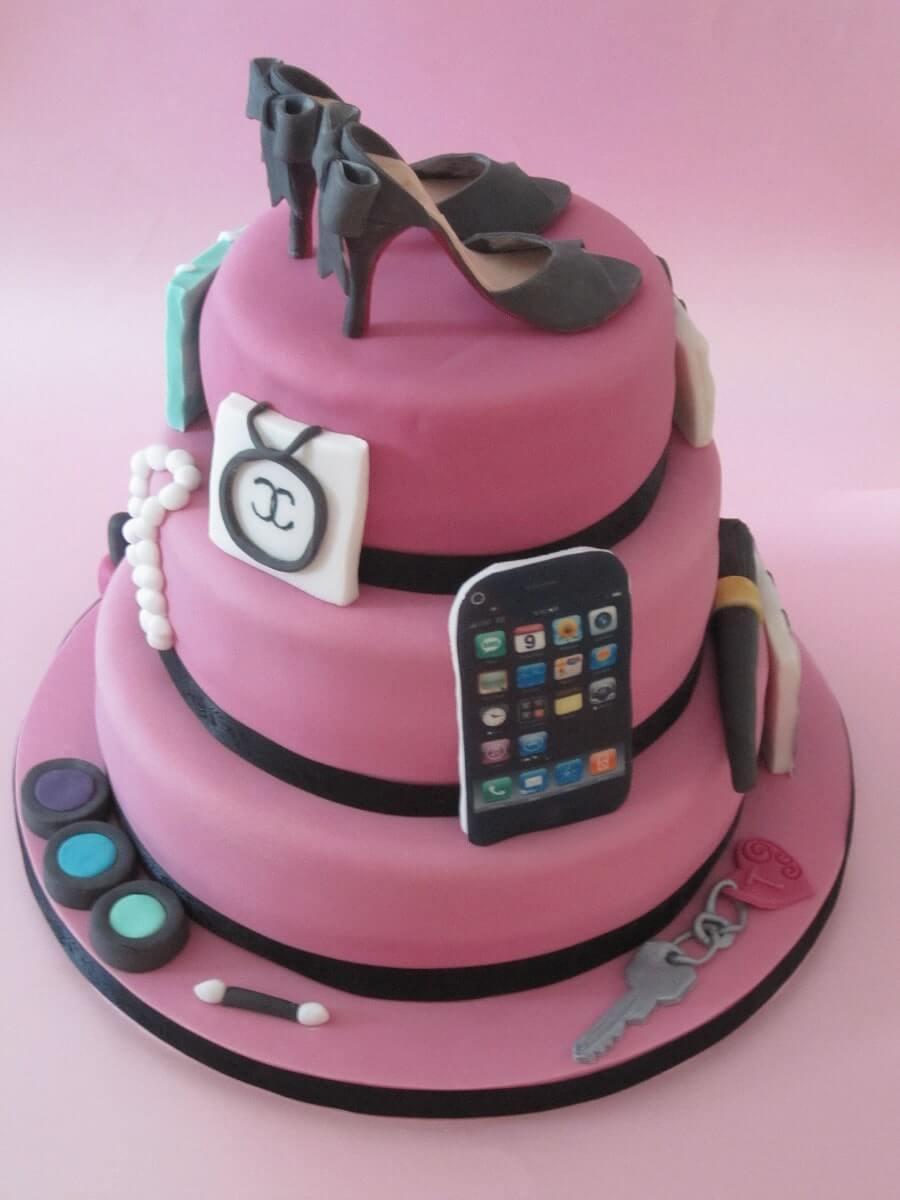 Send Designer Cakes Online In Kolkata